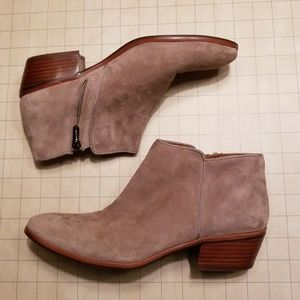 Sam Edelman Petty Bootie Taupe Suede size 9